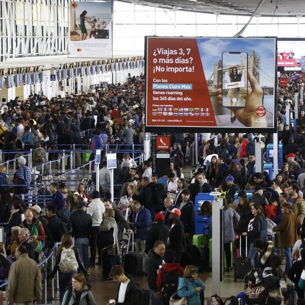 Presentan plan para detectar pacientes sospechosos de Coronavirus en el aeropuerto de Santiago