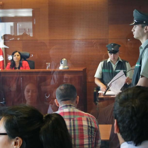 Hincha de Colo Colo muerto: Carabinero que lo atropelló queda con arraigo nacional