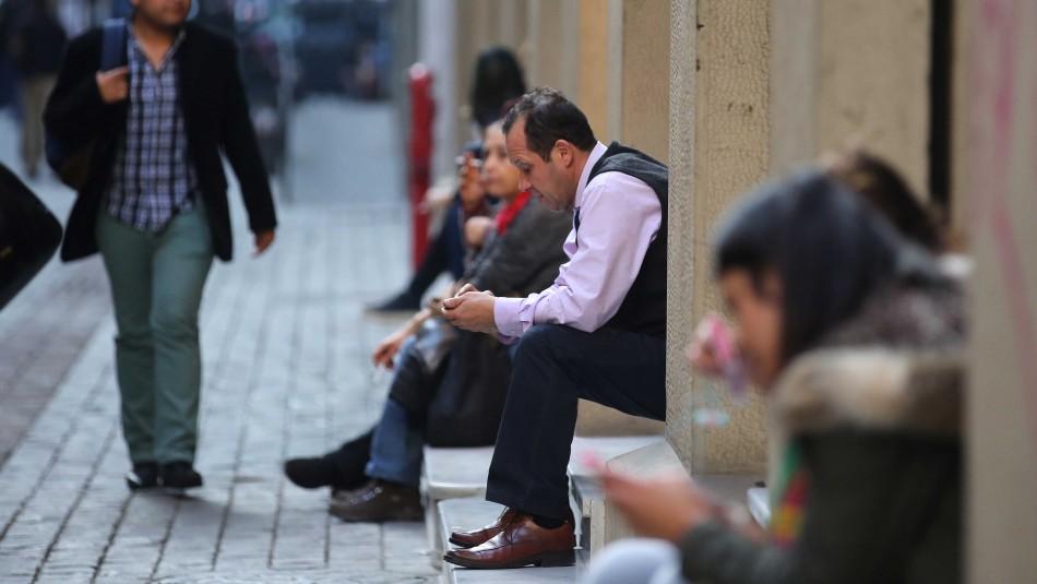 Desempleo se instala entre las grandes preocupaciones de los chilenos tras el estallido social