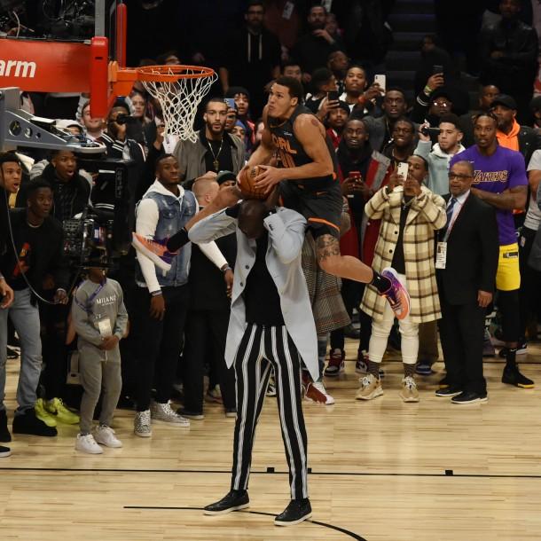 All-Star de la NBA: Saltó sobre jugador de más 2.27 metros y no ganó el concurso el clavadas