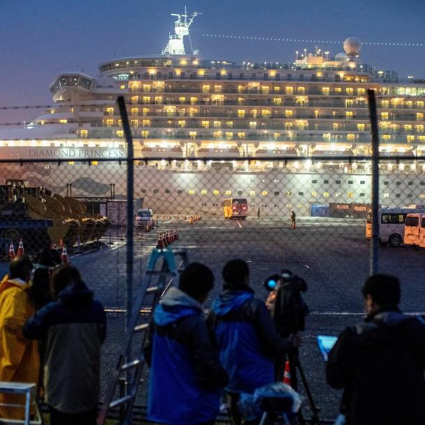 Lo más visto: Al menos 40 estadounidenses están infectados con coronavirus en crucero