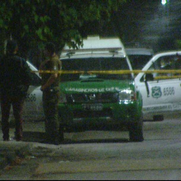 Mujer murió tras recibir impactos de bala cuando se encontraba al interior de su casa en La Pintana