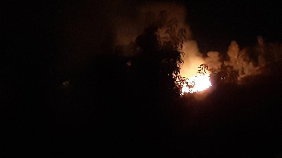 Incendio afectó a ladera del cerro San Cristóbal