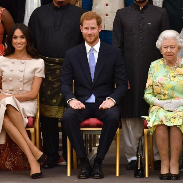 Reina Isabel concreta su primer 'castigo' contra Meghan y Harry por haber abandonado la realeza