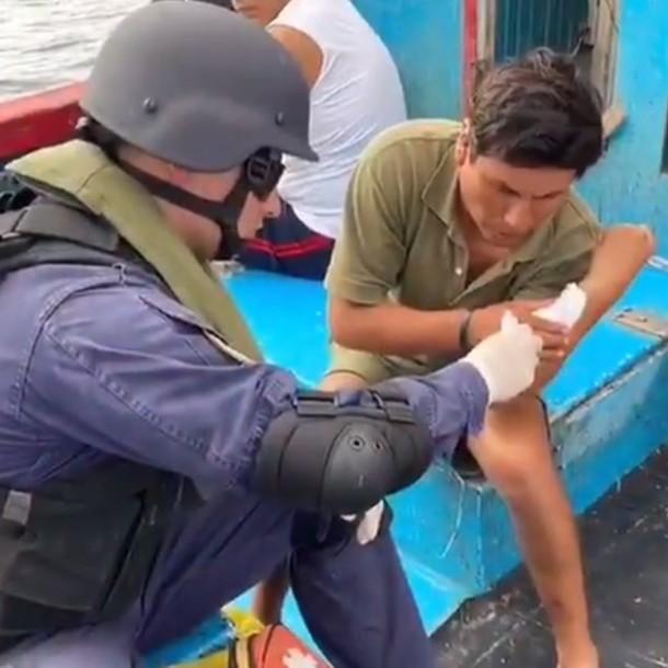 Tiburón muerde a tripulante pesquero que habría estado cazando ilegalmente en Iquique
