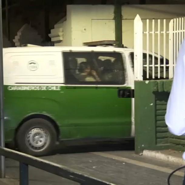Incidentes en Puente Alto dejan 5 detenidos y estaciones de Metro cerradas