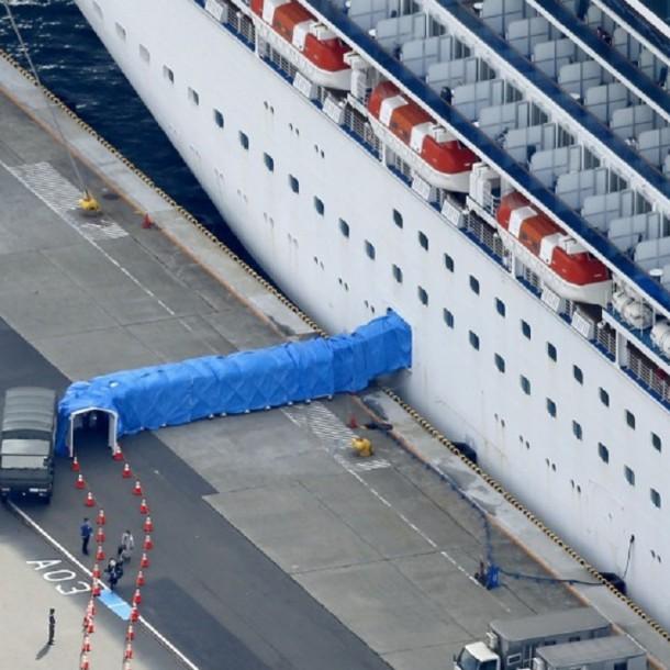 Dos pasajeros de crucero en cuarentena en Japón fallecieron por contagio del coronavirus