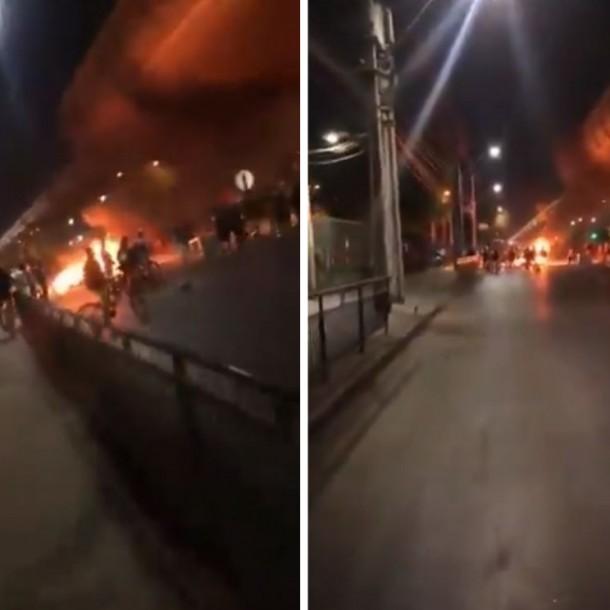 Bomberos trabaja en incendio al interior de Metro Los Quillayes