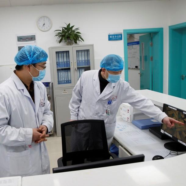 China prepara para abril ensayos en humanos de vacuna contra coronavirus