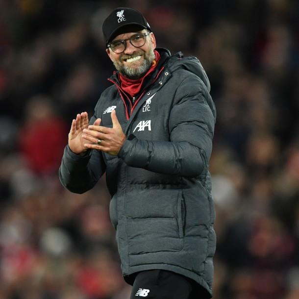 La notable respuesta de Klopp a niño hincha de Manchester United que le pidió que el Liverpool deje de ganar