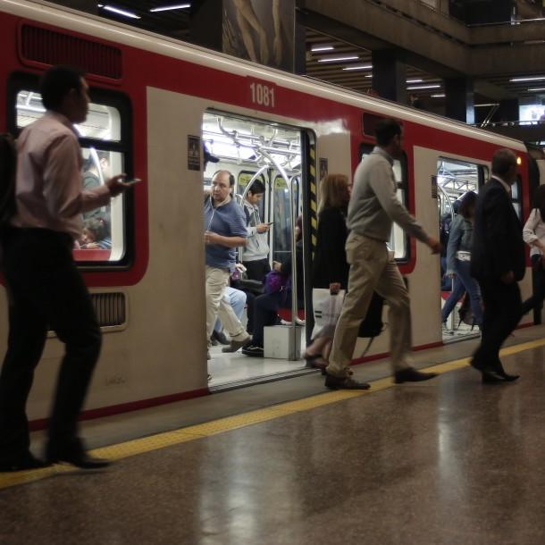 Lo más visto: Metro cierra estación de Línea 1 por disturbios