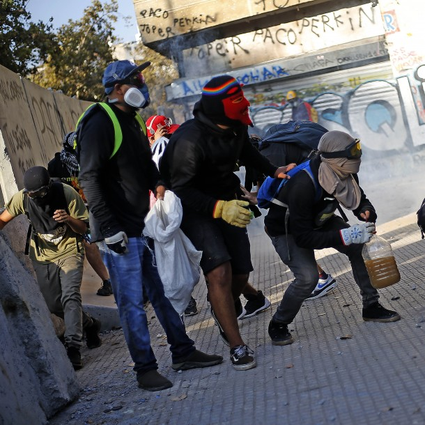 Dos menores de edad heridos tras nueva jornada de manifestaciones en Plaza Italia