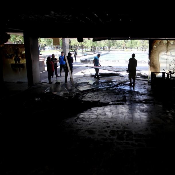 Intendente Felipe Guevara por incendio en Café Literario de Providencia: