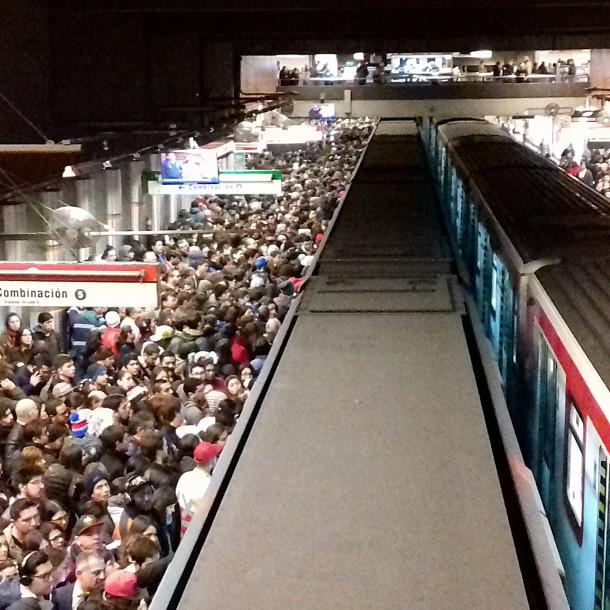 Metro de Santiago se prepara para marzo: Hasta ahora hay 23 estaciones no habilitadas