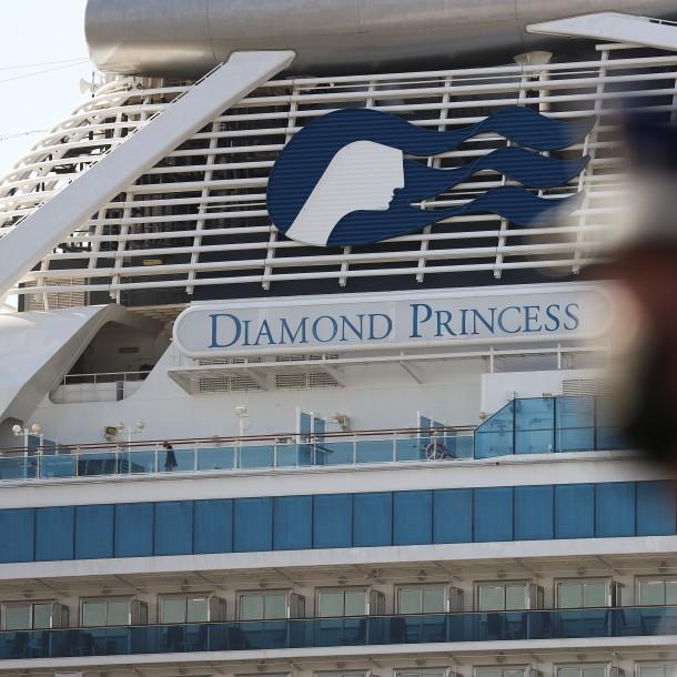 Llegan chilenos pasajeros del Diamond Princess y quedan en vigilancia epidemiológica