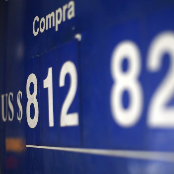 Dólar vuelve a subir en Chile y alcanza su mayor valor del año 2020