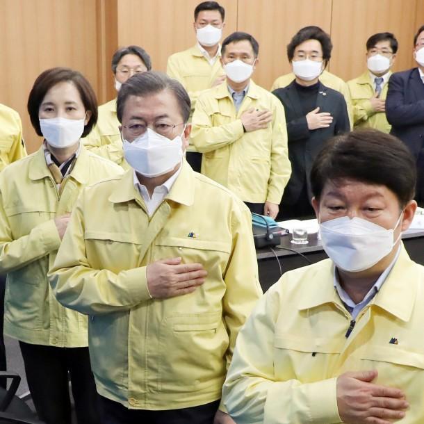 Presidente de Corea del Sur por 1.000 casos de coronavirus: