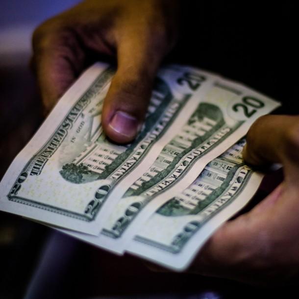 Sigue minuto a minuto el valor del dólar este martes 25 de febrero