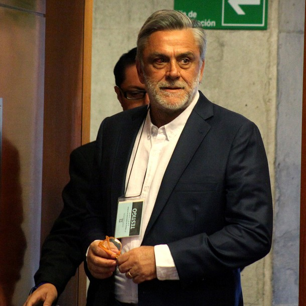 Pablo Longueira reaparece en público como testigo de Orpis en el caso Corpesca
