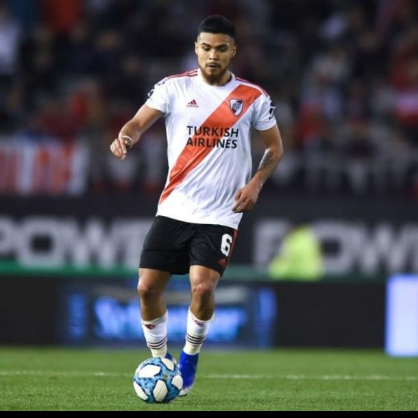 Paulo Díaz figura como titular en partido clave para River