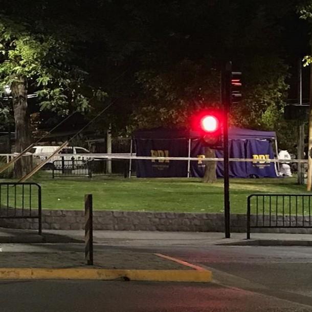 Las Condes: Discusión entre dos cuidadores de autos terminó con uno de ellos fallecidos