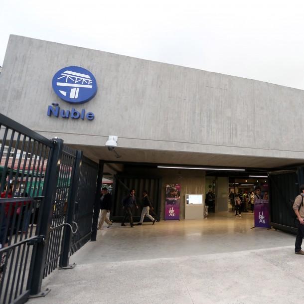 Metro reabrirá accesos a la calle de la estación Ñuble a partir del lunes