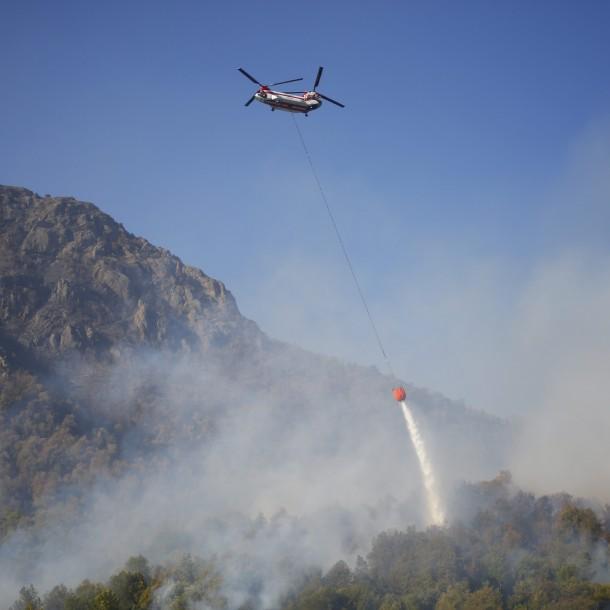 Amplían alerta roja para Curicó y Molina tras reactivación de incendio forestal