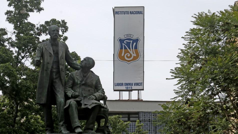 Profesora del Instituto Nacional es designada nueva rectora interina