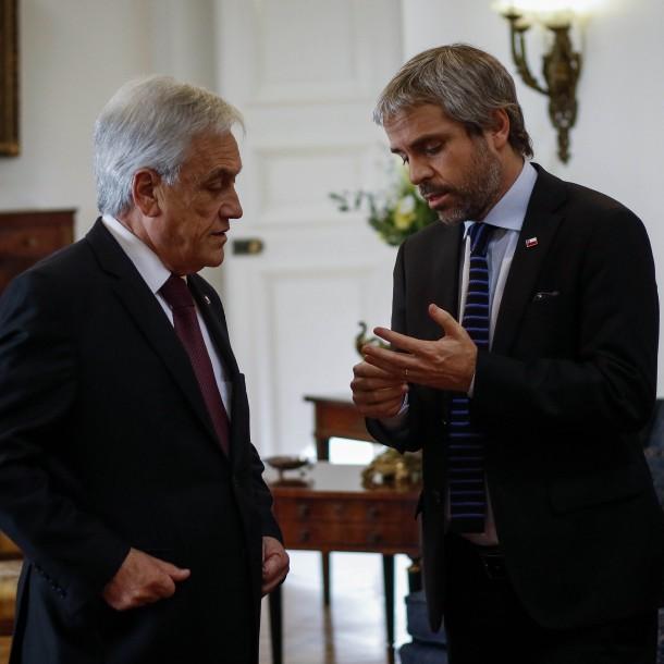 Blumel apoya dichos de Piñera: