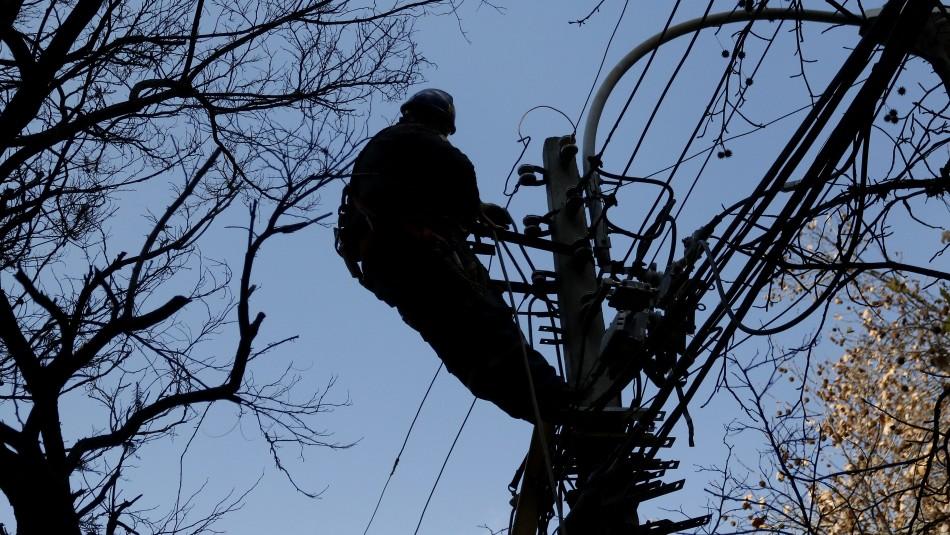 Corte de luz afectó este miércoles a las regiones de Los Lagos y La Araucanía