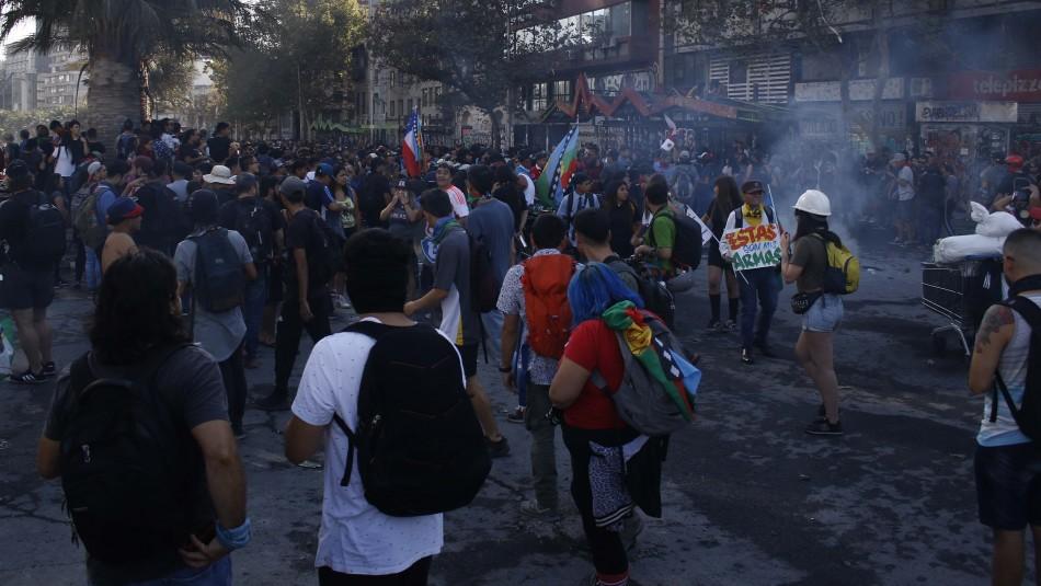INDH informa que falleció hombre que resultó gravemente herido en manifestación en Plaza Baquedano
