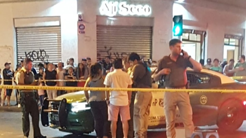 Un carabinero lesionado tras asalto en restaurante del centro de Santiago