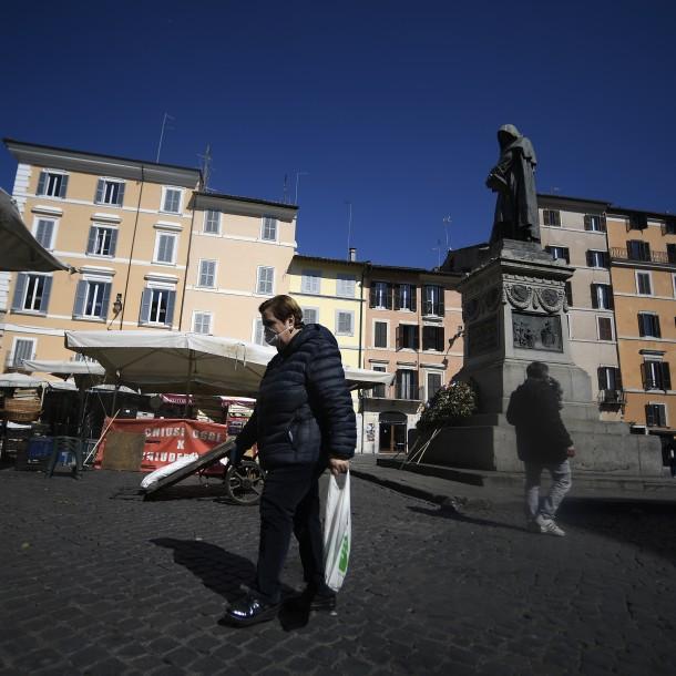 Italia repartirá bonos alimentarios a los más necesitados en plena pandemia de coronavirus