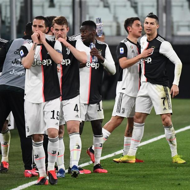 Jugadores de la Juventus aceptaron recortar sus salarios por pandemia de coronavirus