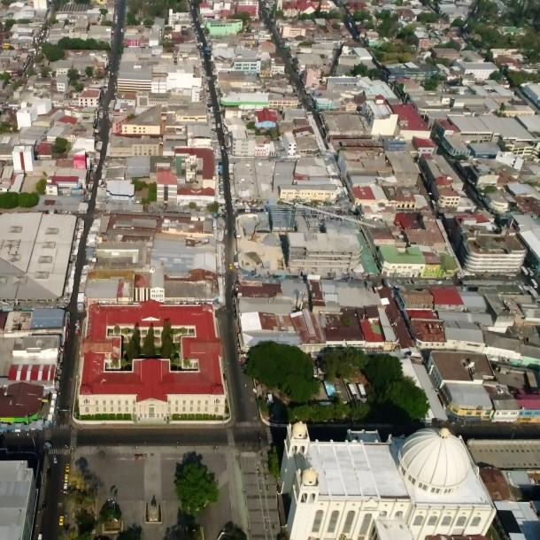 El Salvador prorrogó la suspensión de garantías constitucionales por COVID-19