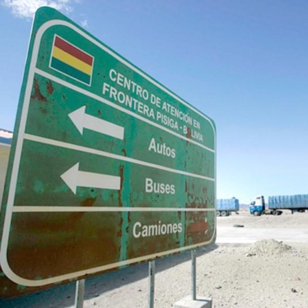 Bolivia frena repatriación de unos 150 ciudadanos varados en Chile por coronavirus