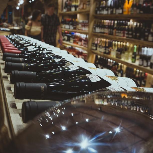 Doce botellas de vino por persona: Australia regula su venta máxima de alcohol por cuarentena
