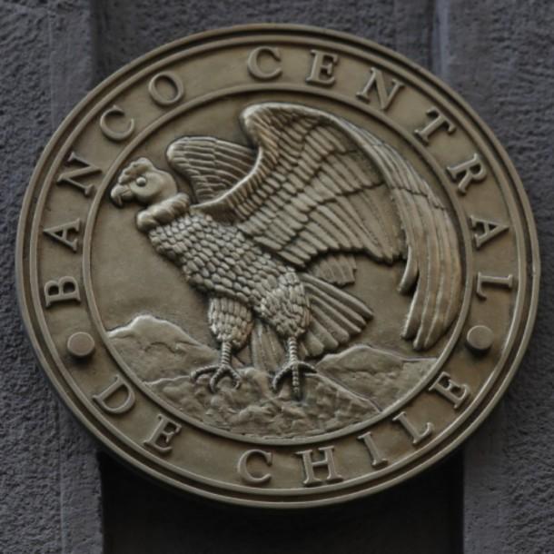 Banco Central baja tasa de interés a su mínimo histórico debido al coronavirus