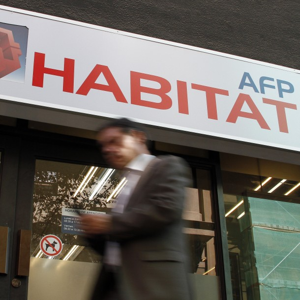 Proyecto busca que AFPs asuman pérdidas durante crisis por coronavirus y permitan retiro de fondos