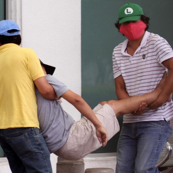 Las razones detrás de la alta cifra de muertos por coronavirus en Ecuador
