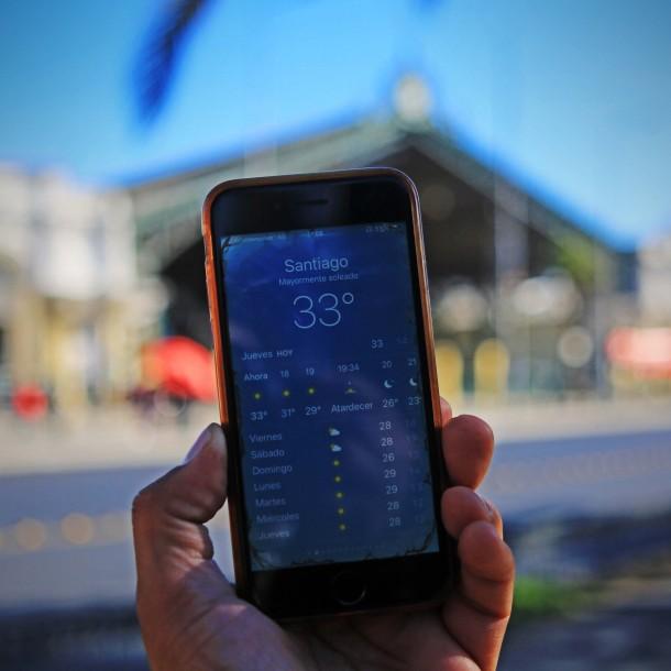 ¡Récord histórico!: Santiago tuvo este jueves la máxima temperatura registrada durante un mes de abril