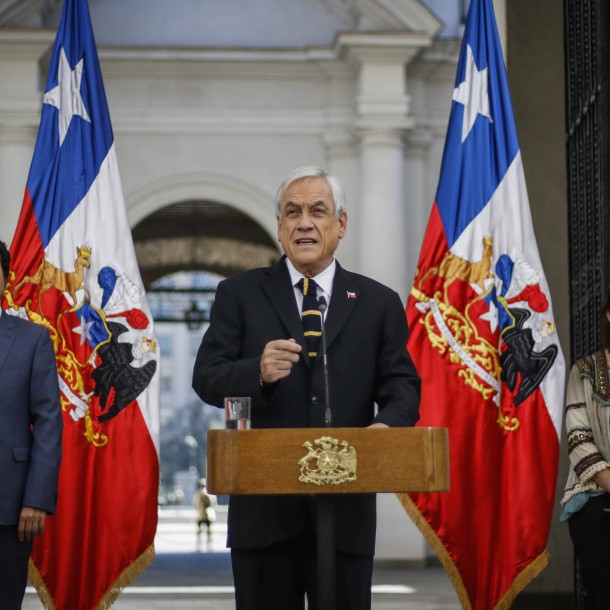 Piñera promulga ley de ingreso mínimo que garantiza un sueldo líquido superior a $300 mil