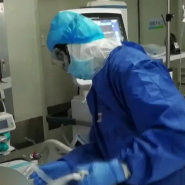 El coronavirus se multiplica en la garganta mil veces más que el SARS