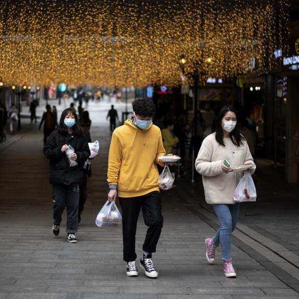 Wuhan en alerta por riesgo de un posible retorno del coronavirus a la ciudad