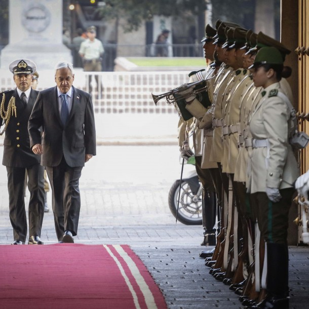 Se confirma tercer caso de coronavirus en la Guardia de Palacio de La Moneda