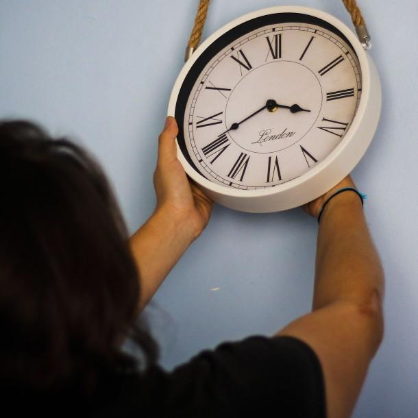No te confundas: Revisa cuál es la hora exacta en Chile
