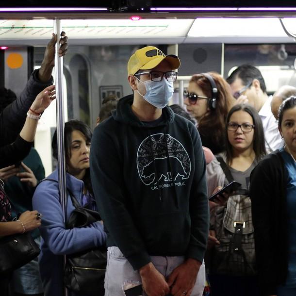 Decretan uso obligatorio de mascarillas en transporte público y privado remunerado