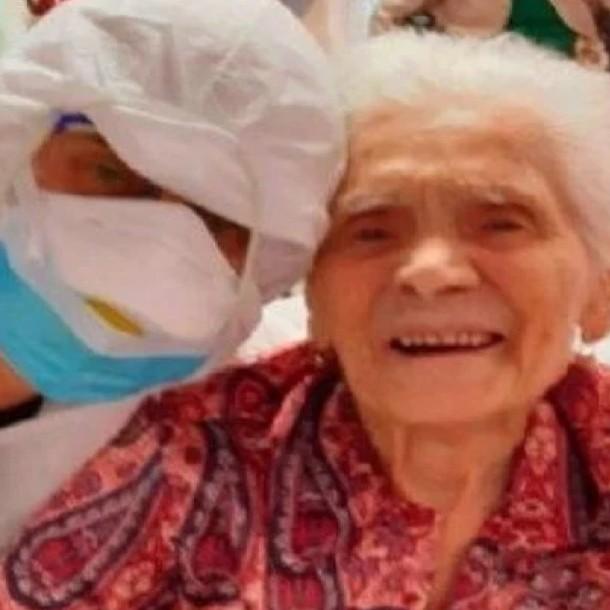 Anciana de 104 años se convirtió en la persona más longeva en superar el coronavirus