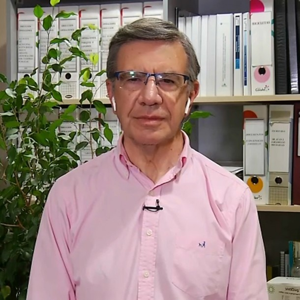 Joaquín Lavín por uso de mascarillas en lugares públicos: