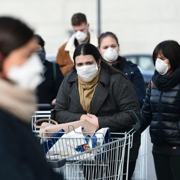 Tensión mundial por el suministro de mascarillas debido a la pandemia del coronavirus